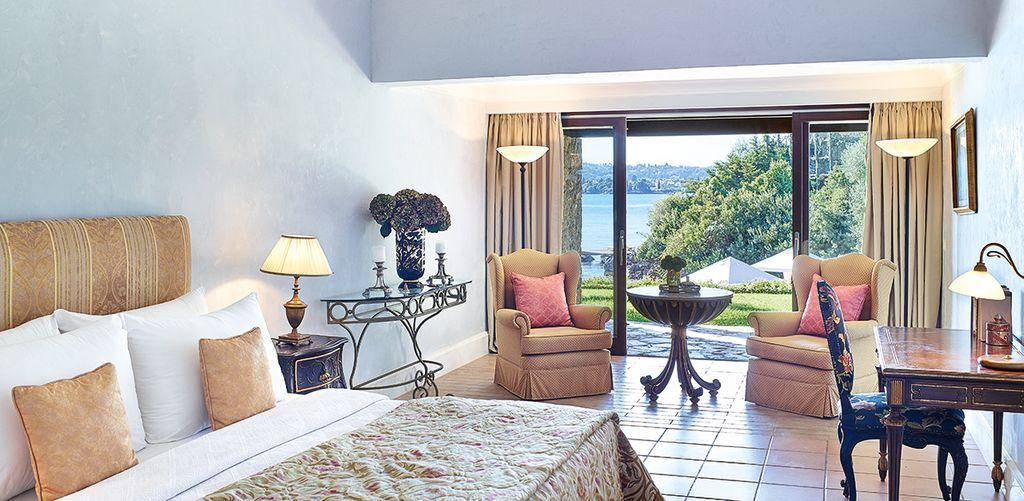 corfu-imperial-seafront-bungalow
