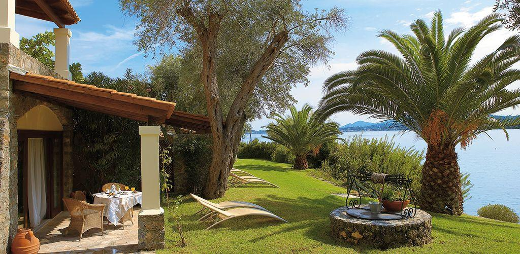 corfu-imperial-seafront-bungalow-garden