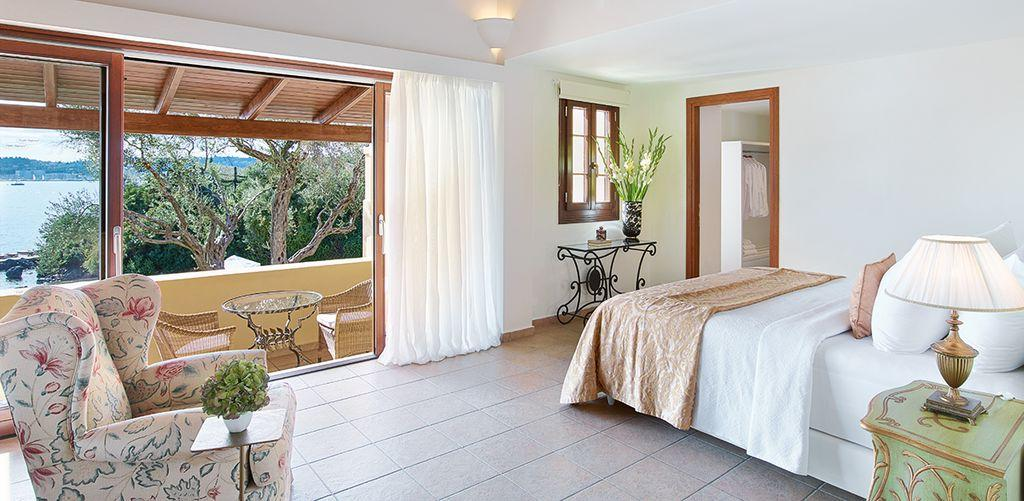 corfu-imperial-three-bedroom-luxury-beach-villa