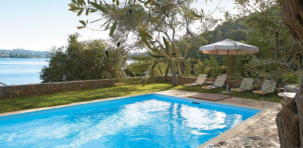 corfu-imperial-waterfront-villa-pool
